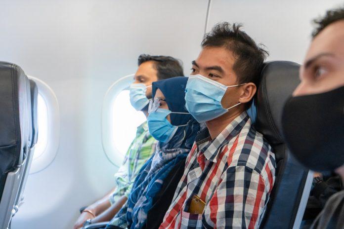 Ilustrasi penumpang dalam pesawat terbang. Airbus menyatakan kecil kemungkinan penularan virus corona di dalam pesawat terbang. (Foto: Airbus)