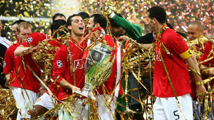 Manchester United saat menjuarai Liga Champions musim 2007-2008. Ketika itu mereka masih dibela Cristiano Ronaldo. (Foto dari Goal.com)