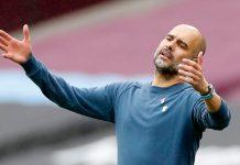 Reaksi Pep Guardiola setelah pemainnya gagal mencetak gol melawan West Ham United di Stadion London, Sabtu (24/10/2020). Foto: Premierleague.com)