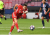 Robert Lewandowski Penyerang Terbaik Uefa 2019/20. (Foto: Uefa.com)