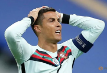 Kapten Portugal Cristiano Ronaldo dinyatakan positif Covid-19.(Foto: Reuters/Gonzalo Fuentes via CNA)