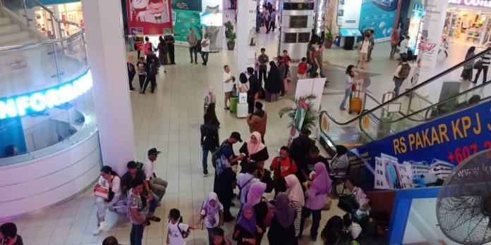 Suasana Pelabuhan Feri Batam Center sebelum pandemi Covid-19. (Suryakepri.com)