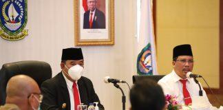 Pjs. Gubernur Kepulauan Riau H. Bahtiar memimpin secara langsung Rapat Rutin Evaluasi Pelaksanaan Pembangunan Provinsi Kepulauan Riau