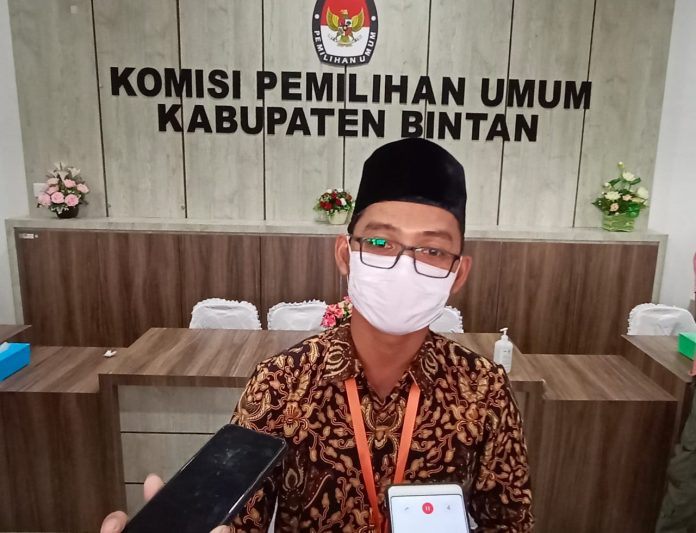 Anggota KPU Bintan Haris Daulay (Suryakepri.com/Muhammad Bunga Ashab)