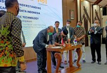 penandatanganan Memorendum Of Understanding (MoU) antara PT Optic Teknologi Indonesia, PT Jaringan Akses Data dengan Badan Pengusahaan (BP) Batam, dan Pemerintah Kota (Pemko) Batam.