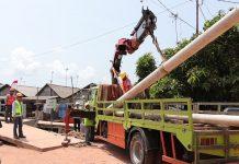 Proyek pembangunan jaringan listrik ke Monggak