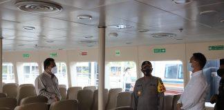 Pjs Gubernur Kepri Bahtiar Baharuddin dan Kapolda Kepri Irjen Pol Aris Budiman meninjaua kesiapan Pelabuhan Harbour Bay, Batam, terkait segera dibukanya rute perjalanan terbatas Singapura- Batam dan sebaliknya.
