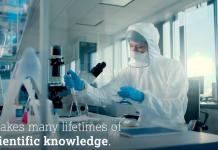 Tangkapan layar video penjelasan vaksin AstraZeneca. (Twitter)