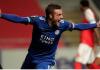 Striker Leicester City Jamie Vardy merayakan gol yang menyamakan kedudukan menjadi 3-3 dalam laga dramatis melawan Braga. Hasil imbang ini cukup untuk membawa Leicester lolos ke Babak 32 Besar Liga Eropa 2020/21. (Foto: Uefa.com)