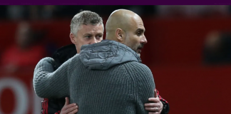 Manajer MU Ole Gunnar Solskjaer dan Pep Guardiola usai pertandingan antara MU vs Man City pada pertandingan Liga Premier di Old Trafford pada 24 April 2019. Skuad Pep Guardiola menang 2-0 atas skuad Solskjaer ketika itu. (Foto: Premierleguae.com)