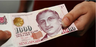 Uang kertas denominasi S$1.000 (sekitar Rp 10.709.650 - kurs 3 November 2020) akan dikurangi oleh Pemerintah Singapura mulai 1 Januari 2021. (Foto: Channel News Asia)