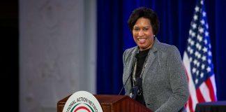Walikota Wasington DC Muriel Bowser. (Foto: ABC News)