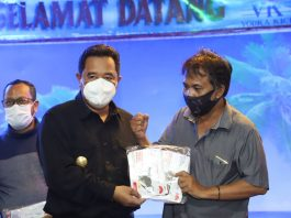 Foto Pjs Gubernur Kepri Bahtiar dan Pemred Suryakepri