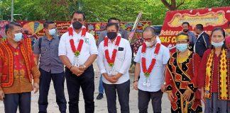 Calon Gubernur Kepulauan Riau, Soerya Respationo dan Calon Walikota Batam, Lukita Dinarsyah Tuwo menghadiri peresmian Rumah Pemenangan SInergi-Luar Biasa, di Komplek Center Park, Batam Center,