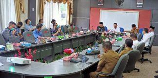 pertemuan yang berlangsung antara DPRD Batam, Penjabat Sementara (Pjs) Walikota Batam, Syamsul Bahrum dan perwakilan perusahaan konsorsium yakni PT Batam Raya Sukses, PT Tembesi Jaya Makmur PT Jaya Industri Makmur, dan Panbil Group.