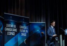 Program Akselerator Eksplorasi Bulan Kanada, termasuk penjelajah kecil, adalah bagian dari rencana negara tersebut untuk berpartisipasi dalam program Artemis NASA yang diumumkan oleh Perdana Menteri Kanada Justin Trudeau pada tahun 2019. Kredit: Adam Scotti, Kantor Perdana Menteri.