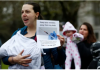 Ilustrasi anti-vaksin. (Foto: Financial Times)