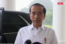 Presiden Joko Widodo saat memberikan pernyataan pers terkait penetapan tersangka Menteri Sosial Juliara Peter Batubara oleh KPK. (tangkapan layar Video IDN)