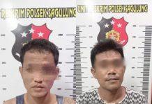 Dua pelaku jambret di Jalan Raya depan SMA 5 Sagulung.
