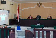 Sidang pembacaan dakwaan terdakwa Dodi Sanova dan Arief Zailani (Suryakepri.com/Muhammad Bunga Ashab)