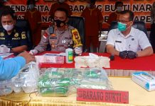 Sat Narkoba Polresta Barelang berhasil melakukan barang sitaan 134,323 kg sabu, ganja 317,63 gram, dan 40 ribu butir ekstasi periode Januari-Desember 2020.