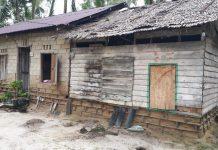 Penampakan rumah milik Azlan, warga Desa Gemuruh, Kecamatan Kundur Barat, Karimun, Kepulauan Riau (Kepri) sebelum di renov.