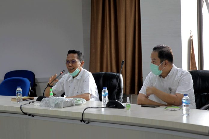 Wakil Walikota Batam, Amsakar Achmad menuturkan bahwa Batam, Kepulauan Riau mendapatkan jatah 600 ribu vaksin Covid-19 dari Pemerintah Pusat.