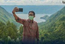 Sandiaga Uno saat mengunjungi Danau Toba (dok.instagram/@kemenparekraf/https://www.instagram.com/p/CJbLnsiB1H2/Komarudin)