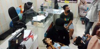 Bayi laki-laki berinisial K, yang masih berumur 1,7 Tahun dianiaya bapak kandung berinisil D (22) dikediamannya di daerah Batuaji, Selasa (12/1/2021).