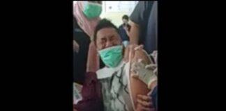 Reaksi Awaludin Rahim, kepala Puskemas Bone, Kabupaten Bone Bolango, Gorontalo saat disuntik vaksin menjadi viral di media sosial.