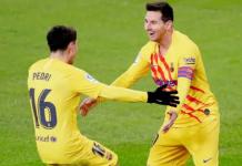 Lional Messi (kanan) merayakan gol bersama Pedri ke gawang Athletic Bilbao. (Foto dari Livescore)