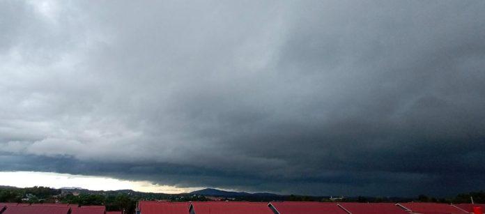 Kondisi cuaca di Tanjungpinang (Suryakepri.com/Muhammad Bunga Ashab)