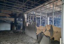 Gedung E tempat lima Organisasi Perangkat Daerah (OPD) Pemerintah Kabupaten Karimun, Kepulauan Riau (Kepri) berkantor terbakar, Rabu (6/1/2021).