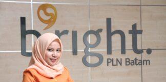 bright PLN Batam masih menyediakan Costumer Service pada Kantor Area Pelayanan untuk melayani kebutuhan pelanggan.