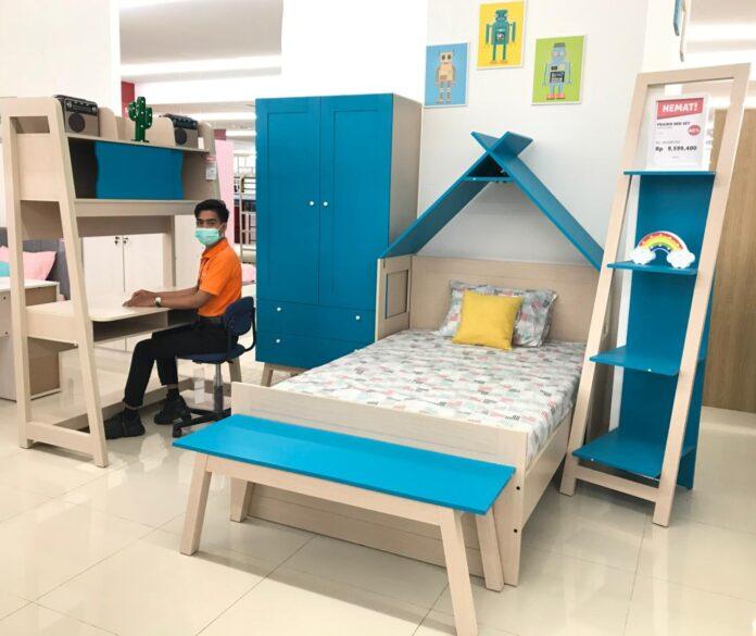 Salah satu produk bagi kamar anak di Selma Furniture Batam