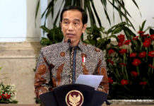 Presiden Jokowi dalam acara Penandatanganan Kontrak Paket Tender/Seleksi Dini Kementerian Pekerjaan Umum dan Perumahan Rakyat (PUPR) TA 2021 di Istana Negara, Jakarta, Jumat (15/1/2021). Foto: Kemenkeu