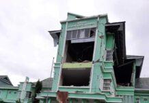Rumah Sakit Umum Daerah (RSUD) Mamuju mengalami kerusakan parah akibat Gempa Bumi 6,2 SR yang berpusat di Majene, Sulbar, Jumat (15/1/2021) dnihari.