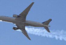 Pesawat Boeing 777-200 yang mengangkut 231 penumpang dan 10 awak. (Reuters/Hayden Smith)