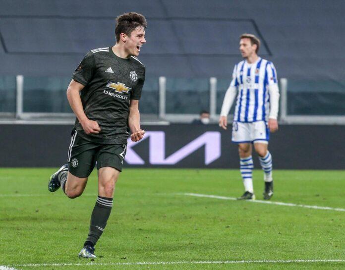 Gelandang Manchester United Daniel James bergembira usai membobol gawang Real Sociedad pada babak 32 Besar Liga Eropa 2020/21 di Turin, Kamis (18/2/2021). Itu adalah gol keempat James di semua kompetisi musim ini. (Foto: Twitter).