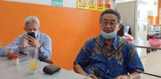 Profesor in High Voltage Engineering Institut Teknologi Bandung (ITB), Prif.Dr.Ir. Bambang Anggoro