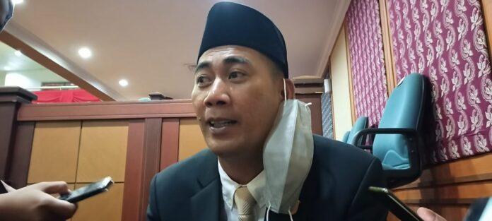 Foto Wakil Ketua II DPRD Batam Ahmad Surya