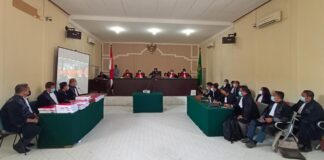 Sidang pembacaan tuntutan terhadap 12 terdakwa kasus korupsi tambang bauksit di PN Tipikor Tanjungpinang (Suryakepri.com/Muhammad Bunga Ashab)