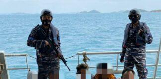 5 perompak saat diamankan TNI AL (Suryakepri.com/ist)