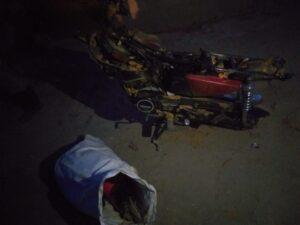 Motor Yamaha RX-King yang ditemukan dikubur di sebuah rumah warga di Pamak, Kecamatan Tebing, Senin (22/2/2021) malam. Foto Suryakepri.com/IST