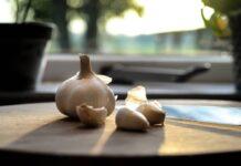 Bawang Putih memiliki banyak khasiat untuk kesehatan tubuh. (Foto dari Tips&Trick.co)