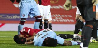 Issa Diop menjadi pemain pengganti gegar otak pertama di sepak bola Inggris setelah bentrokan kepala dengan sesama pemain Prancis Anthony Martial. (BRADLEY ORMESHER / THE TIMES)