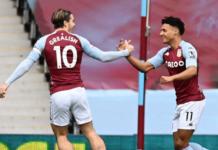 Ollie Watkins (kanan) merayakan gol bersama Jack Grealish. Watkins mencetak gol tunggal dalam kemenangan atas Arsenal di Villa Park, Sabtu (6/2/2021). Foto: Premierleague.com.