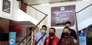 Kejari Batam menetapkan Kasi Pengujian Kendaraan Bermotor Dishub Batam Hariyanto sebagai tersangka (ist)
