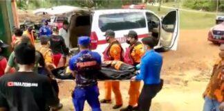 Tim SAR Gabungan yang terdiri dari Ditpam Bp Batam, Polsek Sei Beduk Fasling, Polairud, Satpol PP, Basarnas dan dibantu masyarakat berhasil mengevakuasi seorang pria yang bernama Aris (52 tahun)