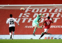 Pemain MU Amad Diallo yang baru berusia 18 tahun mencetak gol pertamanya untuk tim senior ketika membobol gawang AC Milan di Old Trafford, Kamis (11/3/2021) atau Jumat dinihari waktu Indonesia. (Foto dari Sky Sports)